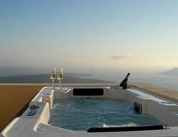Shine Hotel  Volcano View Θέα από το Τζακούζι Σαντορίνη