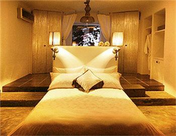 Aigis Suites Δωμάτιο Βυθός Βουρκάρι