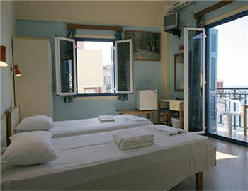 Loukia Hotel Δίκλινο δωμάτιο με θέα στο λιμάνι Χανιά