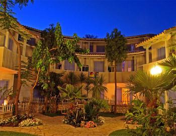 Rouda Bay Hotel Aυλή Μικρός Γιαλός