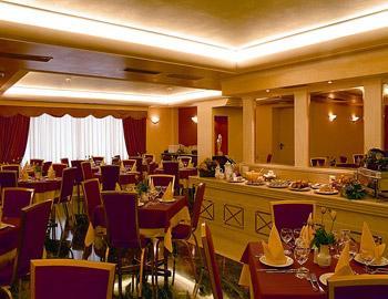 Savoy Hotel  Πειραιάς Κέντρο